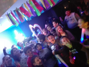 teen-party-07